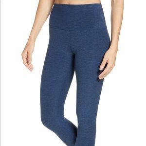 Beyond Yoga Midi High Waist Leggings. EUC. Size L
